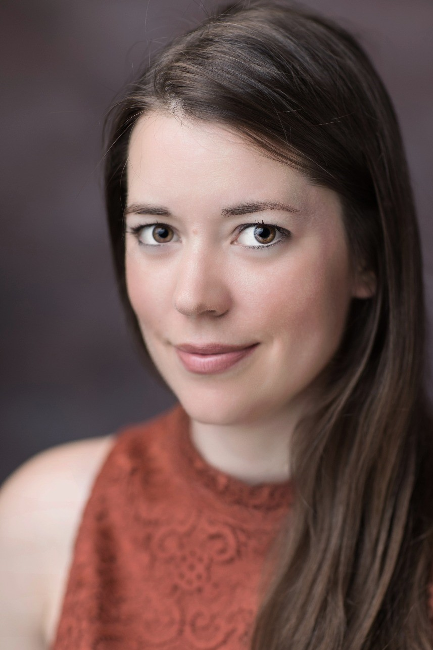 Priscila Mansfield - Business Consultant - CIAL Dun & Bradstreet