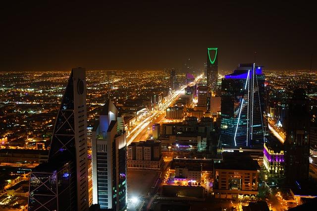 Saudi Arabia Announces Shorter Work Visas for Foreigners